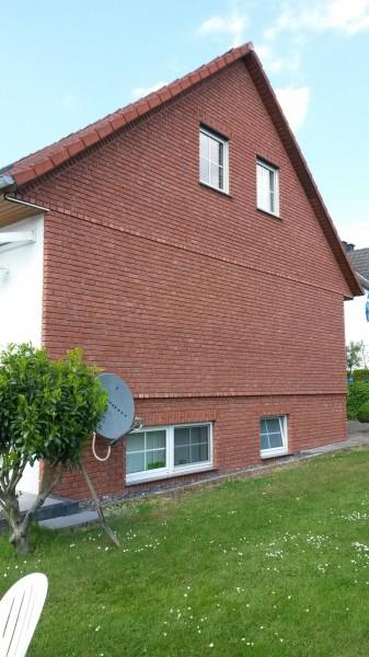 Hausfassade-Riemchen-Rubinrot-10