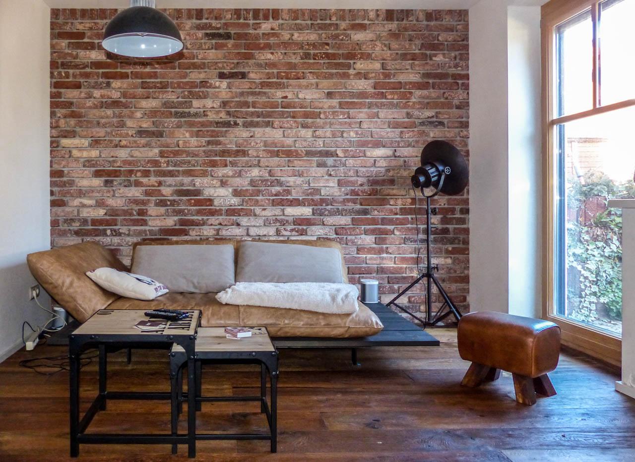 Steinverblender im Wohnzimmer - Industrial look