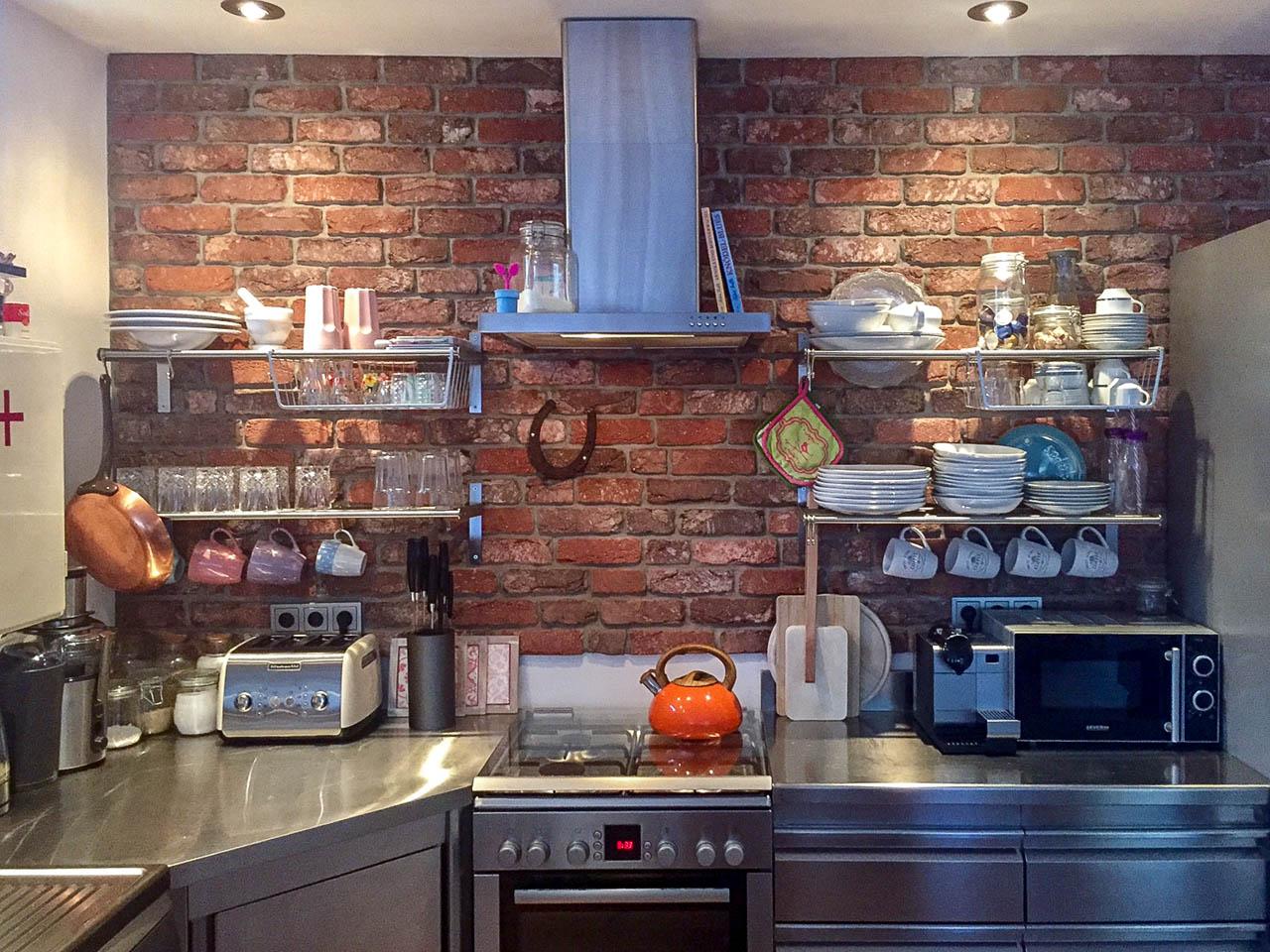 Küchenrückwand Steinoptik aus Steinverblendern | Riemchenwerk